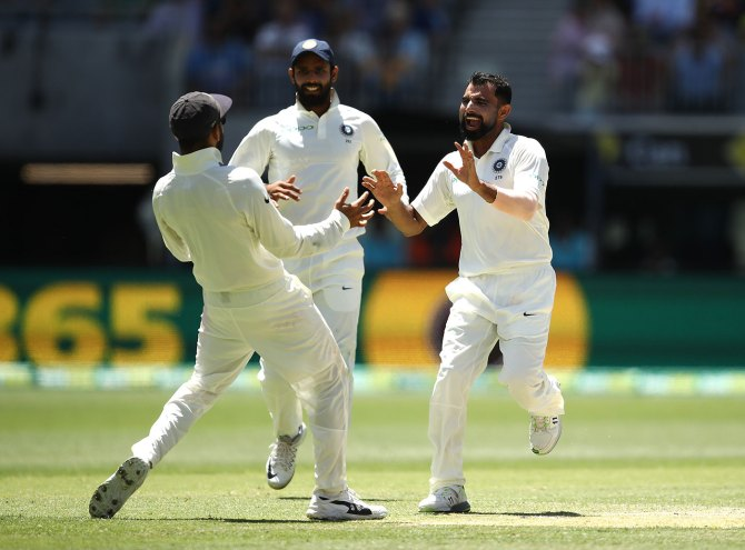 Mohammed Shami six wickets Australia India 2nd Test Day 4 Perth cricket