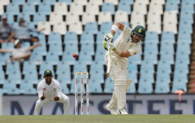 Dean Elgar 50 South Africa Pakistan Boxing Day Test 1st Test Day 3 Centurion cricket