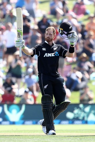 Martin Guptill 138 New Zealand Sri Lanka 1st ODI Mount Maunganui cricket