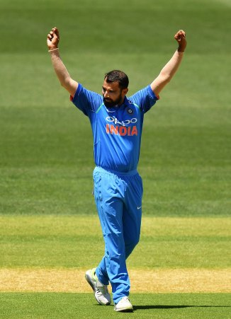 Mohammed Shami three wickets New Zealand India 1st ODI Napier cricket