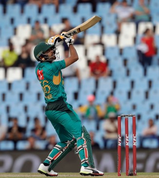 Babar Azam aiming to become like Virat Kohli Pakistan India cricket