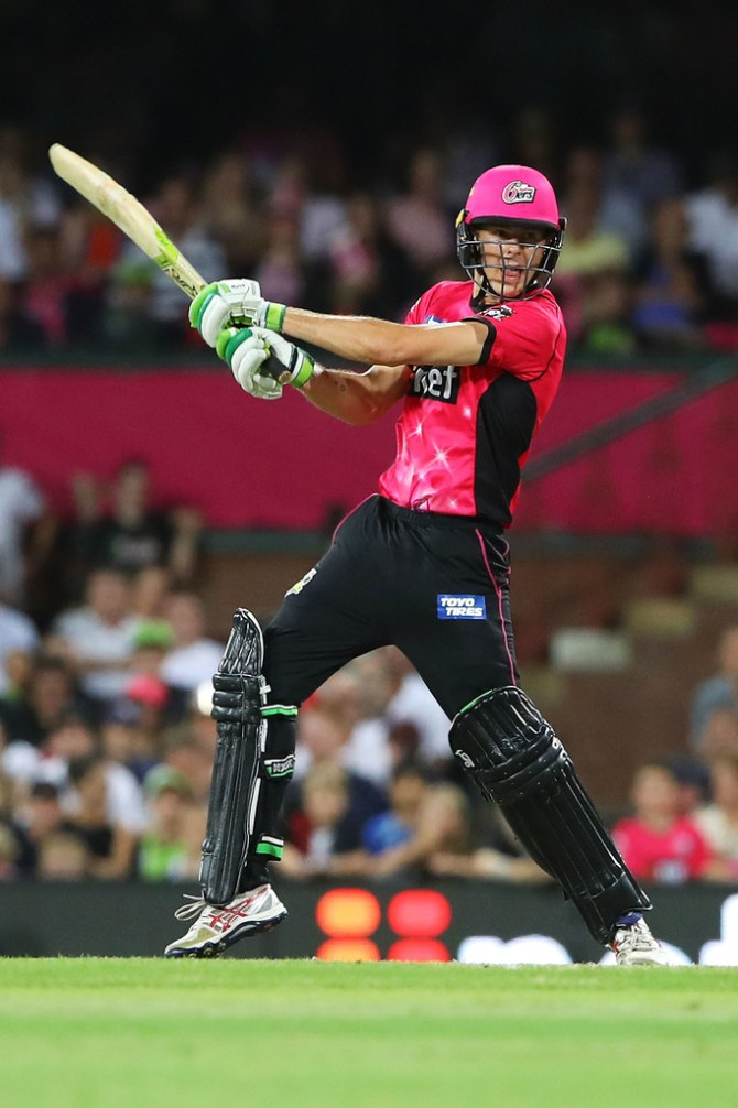 Daniel Hughes 41 not out Sydney Sixers Sydney Thunder Big Bash League BBL 49th Match cricket