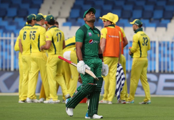 Rashid Latif angry with Umar Akmal over his performance in the 4th ODI against Australia in Dubai Pakistan cricket