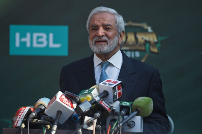 Pakistan Cricket Board PCB chairman Ehsan Mani believes it is possible for the entire Pakistan Super League PSL to be held in Pakistan cricket