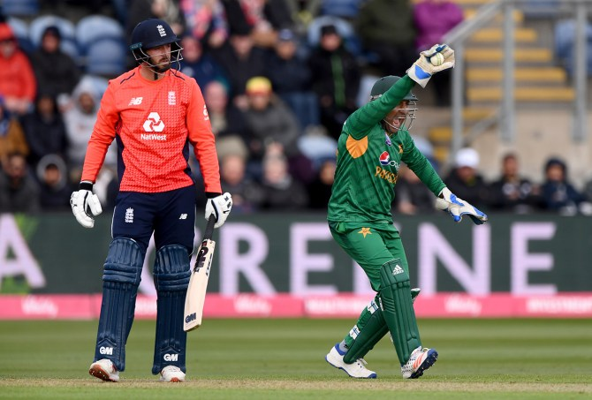 Sarfraz Ahmed believes Pakistan will have an advantage going into the World Cup as they will be playing a five-match ODI series against England cricket