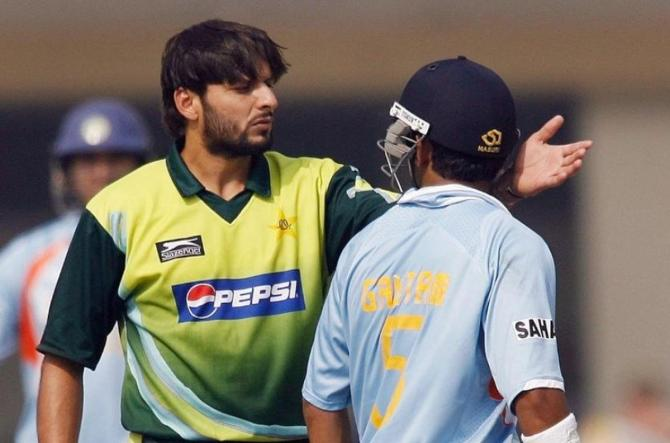 Shahid Afridi hinted that he would have fought Gautam Gambhir had the umpires not stepped in during their run-in India Pakistan cricket