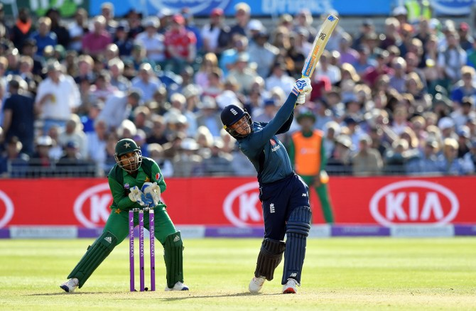 Graham Thorpe warns Pakistan that England will be looking to pile on the runs in their World Cup clash cricket