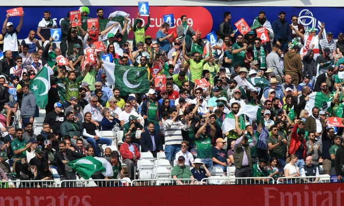 Nasser Hussain praises Pakistan fans for constantly supporting the team through thick and thin World Cup cricket