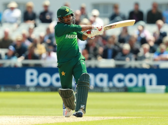 Sarfraz Ahmed reveals his wife was crying after she watched the video of him getting verbally abused by a fan Pakistan World Cup cricket
