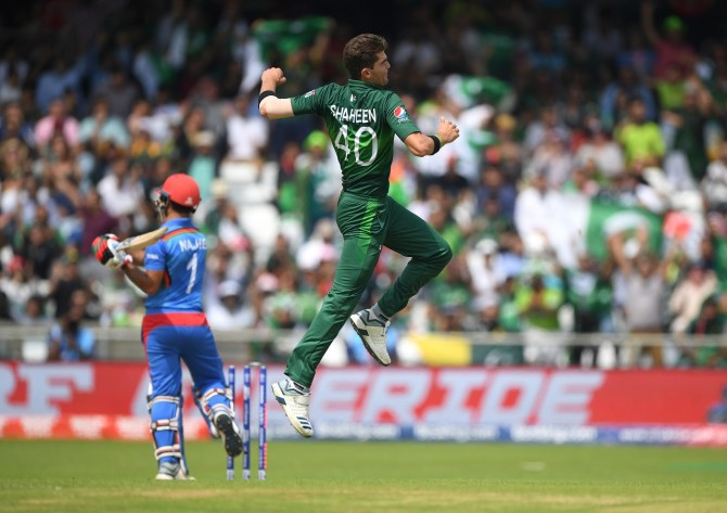 Azhar Mahmood believes Shaheen Shah Afridi is very lucky as he receives a lot of help from Wahab Riaz and Mohammad Amir since they are all left-arm seamers Pakistan World Cup cricket