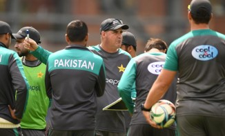 A Pakistan Cricket Board PCB official has denied speculation of a rift between some of the Pakistan players and head coach Mickey Arthur World Cup cricket