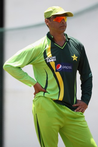 Shoaib Akhtar criticised captain Sarfraz Ahmed for having a fat stomach and face and being unfit during Pakistan's World Cup opener against the West Indies cricket