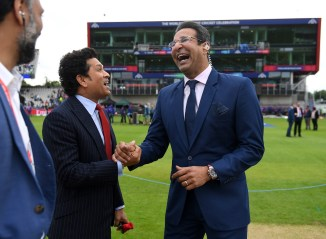 Wasim Akram delivers hilarious response to fan who poked fun at him over his FaceApp photo Pakistan cricket