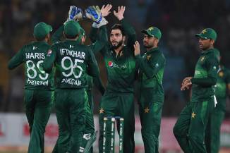 Usman Khan Shinwari and Faheem Ashraf stopped from representing the Melbourne Renegades in the Big Bash League BBL Australia Pakistan cricket