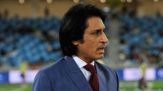 Ramiz Raja said he was ready to pull the Pakistan bowlers' pants down