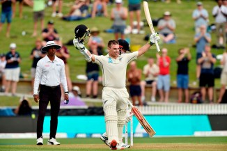Tom Latham 101 not out New Zealand England 2nd Test Day 1 Hamilton cricket
