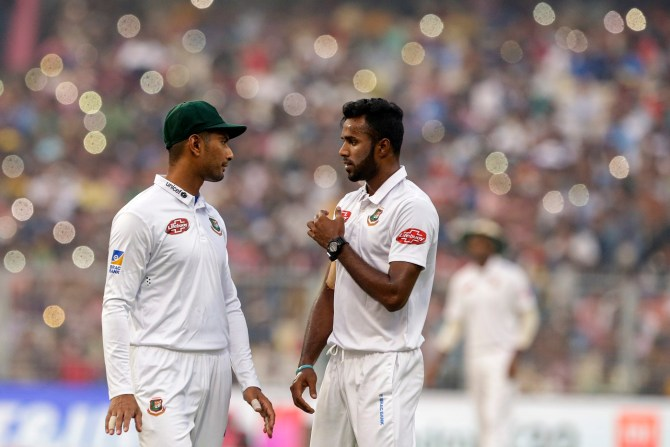 A Bangladesh government official has claimed that the Bangladesh could be targeted by terrorist groups if they tour Pakistan for a Test series cricket