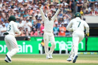 Nathan Lyon four wickets Australia New Zealand 2nd Test Day 4 Melbourne cricket