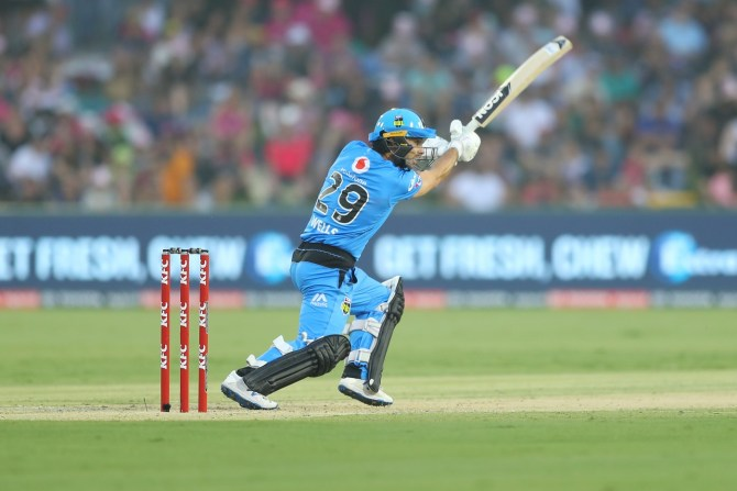 Jonathan Wells 58 Adelaide Strikers Melbourne Renegades Big Bash League BBL 33rd Match cricket