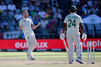 Ben Stokes three wickets South Africa England 2nd Test Day 5 Cape Town cricket