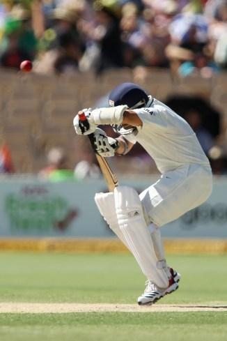 Mohammad Asif said that Sachin Tendulkar closed his eyes when playing Shoaib Akhtar India Pakistan cricket