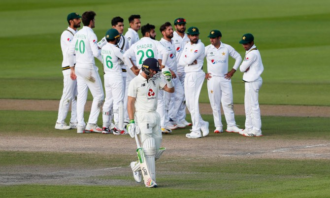 Ramiz Raja believes only Pakistan could have lost from such an advantageous position in the 1st Test against England cricket