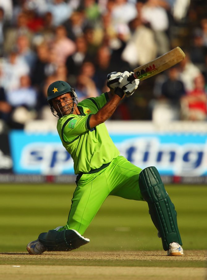 Abdul Razzaq believes he can convert Asif Ali, Hasan Ali, Faheem Ashraf and Amad Butt into good power-hitters in two to three days