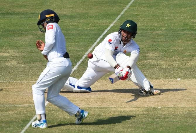 Pakistan batsman Sami Aslam said players are scared to criticise coaches