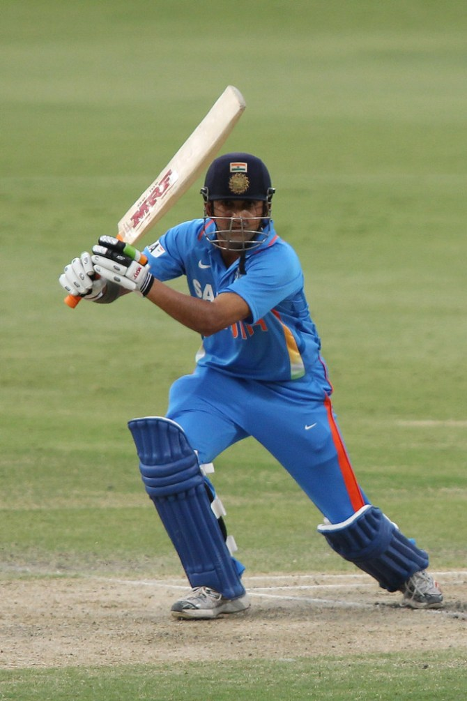 Former India opener Gautam Gambhir said Pakistan fast bowler Shaheen Shah Afridi swings the ball at 140 kph