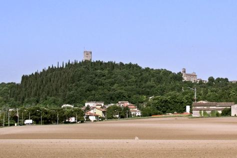 Solferino tower and castle seen from the west.