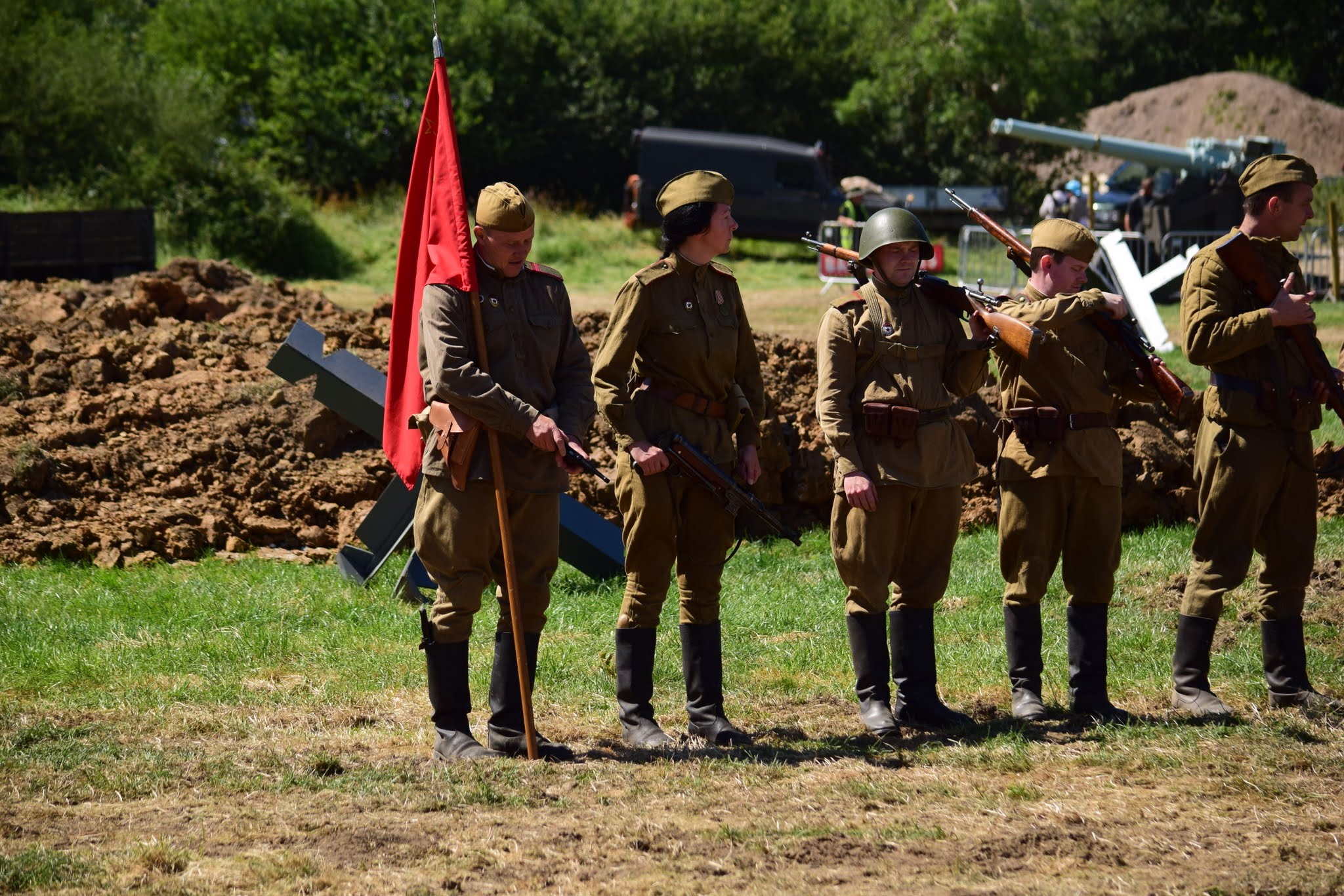 A whole host of vintage military vehicles ranging from ww1 right to present  day, re enactment and living history groups and displays, with two battles  each ...