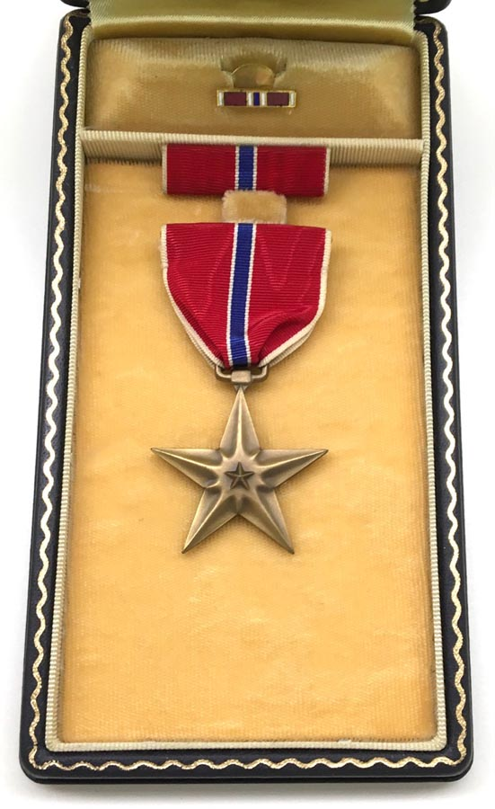 Battlefront Collectibles  WW2 US Named Bronze Star Medal Grouping
