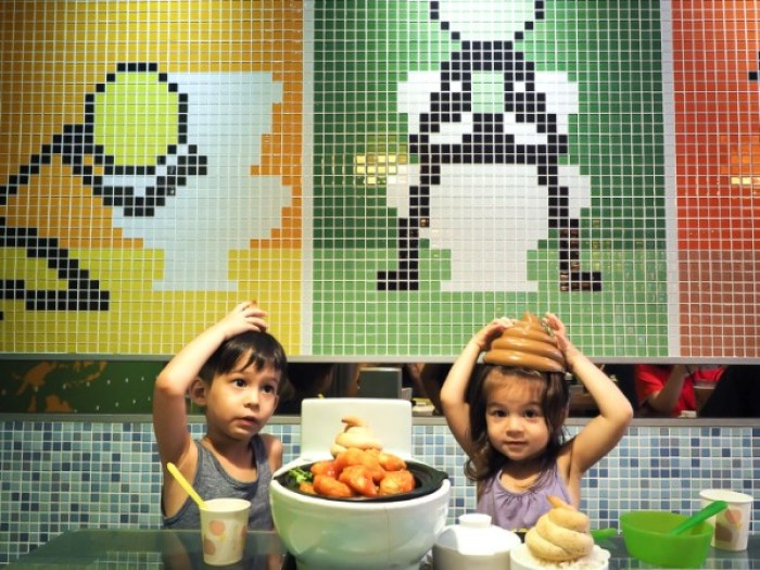 Most Unusual Place In The World To Eat With Kids