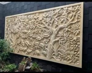 10 Hiasan Dinding Nuansa Alam dari Batu Paras Ukir