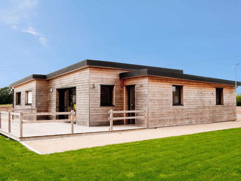 Prix maison trecobat construire une maison en bois trecobat with prix maison trecobat fabulous for Maison bois plain pied