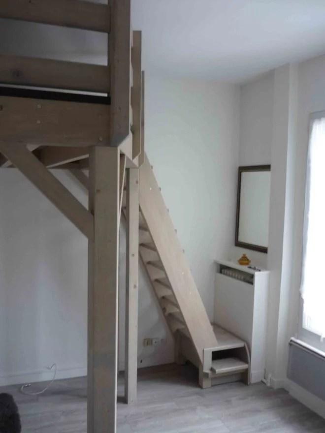 Aménagement intérieur d'une mezzanine en bois artisan 94