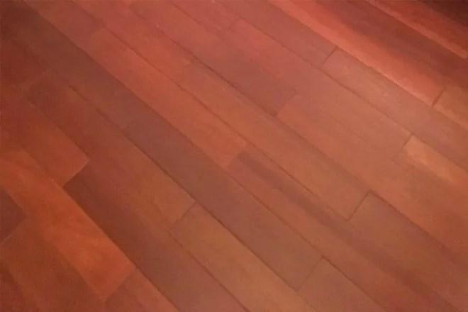 Pose de parquet bois exotique artisan 91