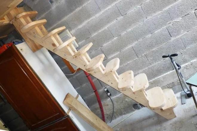 Aménagement intérieur escalier en bois pas japonais