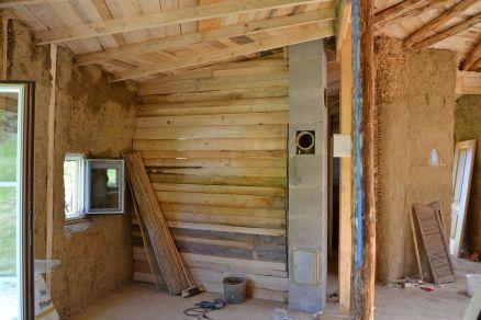 Zwischenwand Strohballenhaus - intermediate wall straw bale house