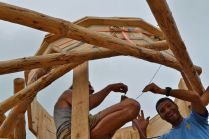 Strohballen Rundhaus mit reziprokem Dach