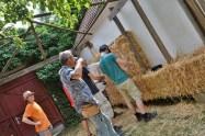2016-08-strohballen-lehm-tadelakt-workshop-25