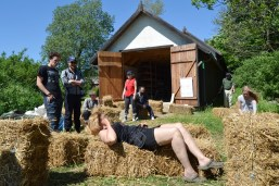 ecotopia-strawbale-workshop-sweden-2017-17