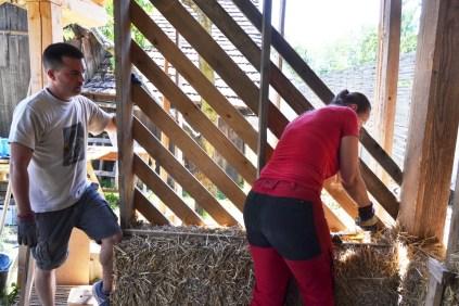 Workshop-2017-08-strawbale-clay-tadelakt6