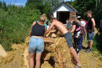ecotopia-2018-strawbale-workshop-20