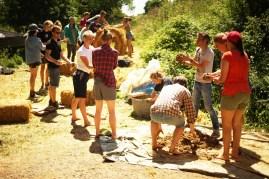 ecotopia-2018-strawbale-workshop-266