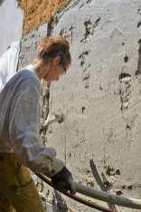 step-5-2020-lime-plaster-on-straw-bale-100