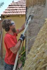 step-5-2020-lime-plaster-on-straw-bale-110