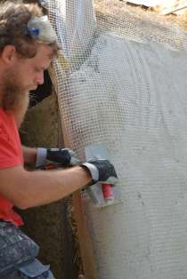 step-5-2020-lime-plaster-on-straw-bale-140