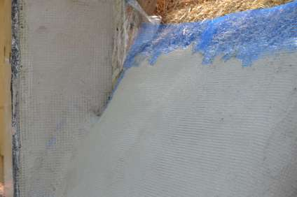 step-5-2020-lime-plaster-on-straw-bale-149
