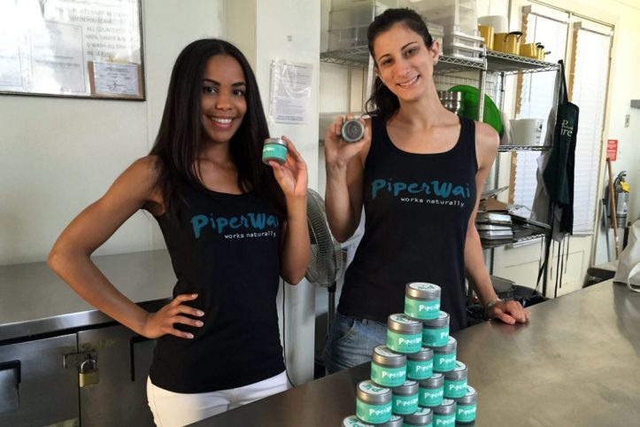 HINK17C / Sarah Ribner(left) and Jess Edelstein (right) are co-founders of PiperWai, an all-natural deodorant that prevents body odor and keeps you dry. Michael Hinkelman / Daily News Staff